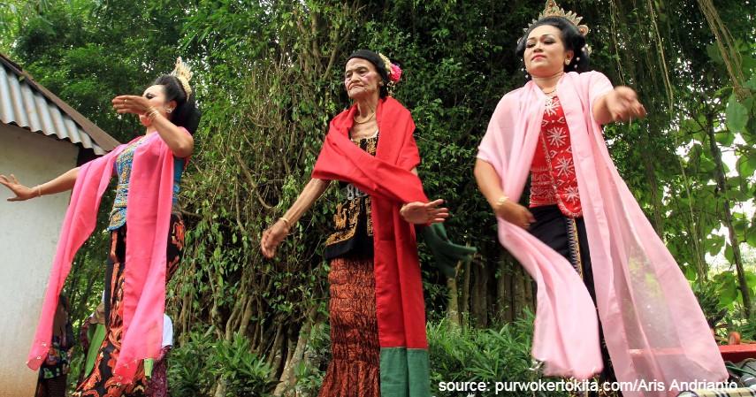 Lengger Calung - 18 Kesenian Tradisional Khas Jawa Tengah Terlengkap Sudah Tahu