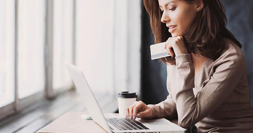 Menghemat Pengeluaran - Ini Dia 8 Kelebihan dan Kekurangan Pembayaran CC melalui Autodebet