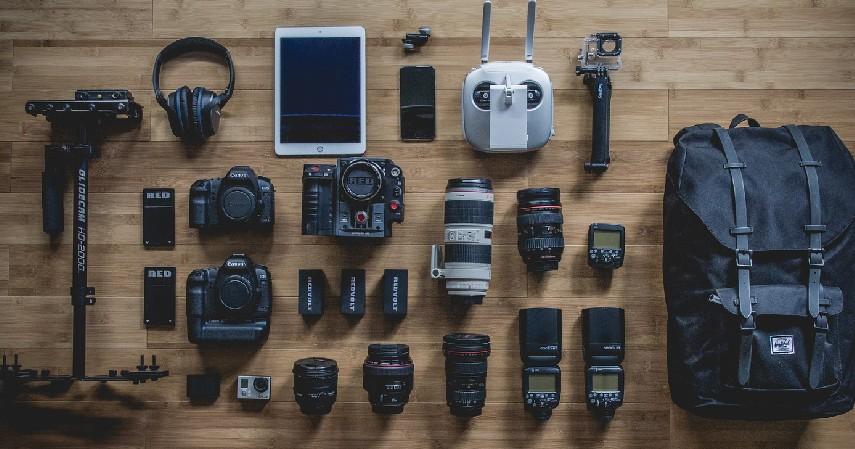 Menyediakan Kamera dengan Berbagai Macam Jenis - Mau Usaha Rental Kamera Asuransikan Kameramu di Sini