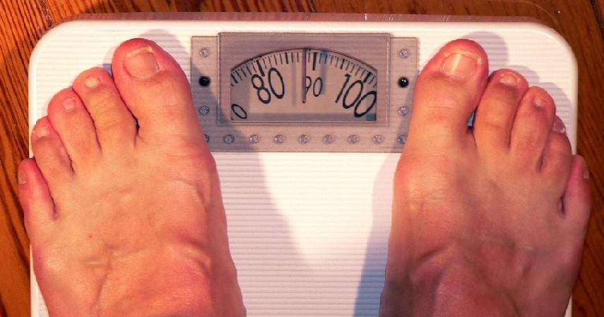 Obesitas - 5 Bahaya Tidur dengan Lampu Terang Tim Takut Gelap Wajib Baca Ini