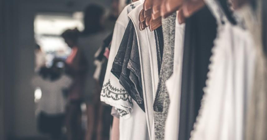 Pakaian - Raup Untung jadi Dropship Modal Kartu Kredit dari 7 Ide Bisnis Berikut