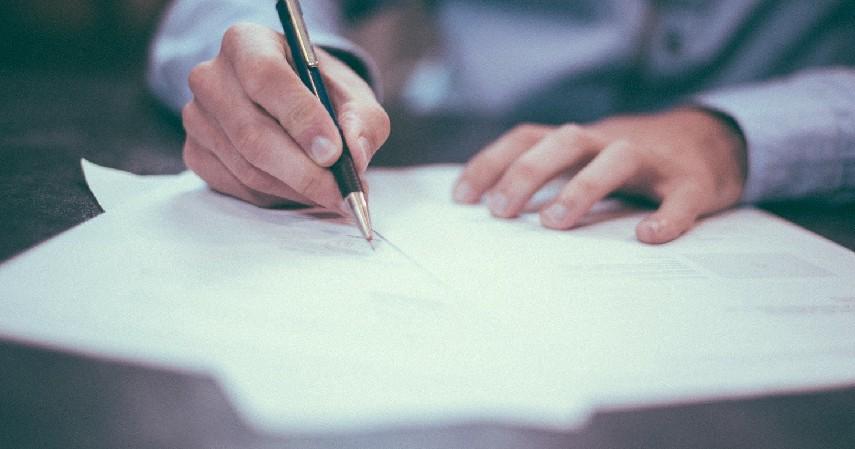 Penuhi Persyaratan dan Melengkapi Dokumen - Cara Tepat Agar Pinjaman Mandiri Diterima dan Cepat Cair