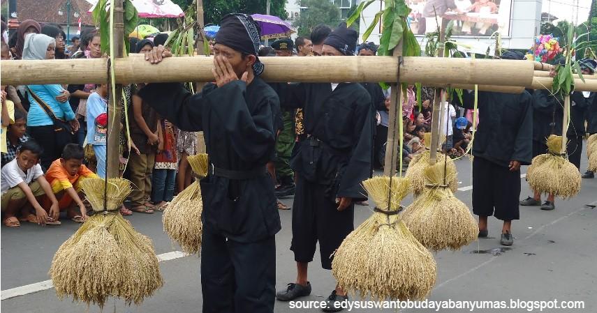 Rengkong - 18 Kesenian Tradisional Khas Jawa Tengah Terlengkap Sudah Tahu