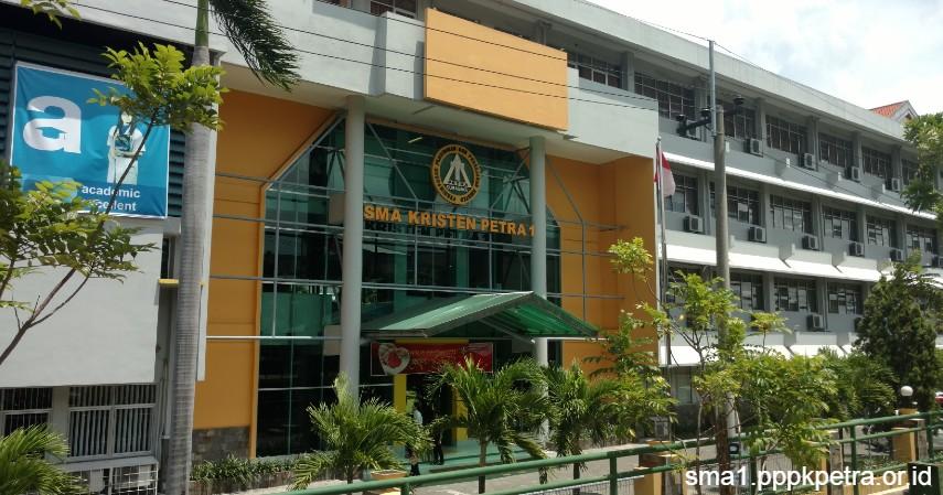 Daftar SMA Swasta Terbaik di Surabaya dan Fasilitas Unggulannya
