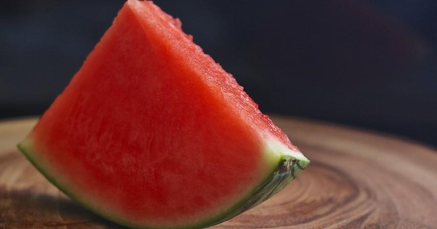 Semangka - 8 Buah Tinggi Antioksidan yang Mudah Ditemukan