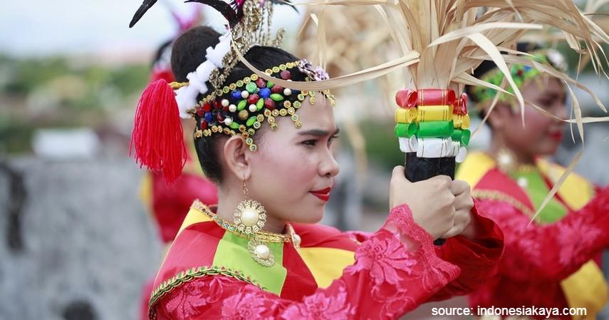 Tari Salai Jin - 12 Kesenian Tradisional Khas Maluku Ini Wajib Diketahui