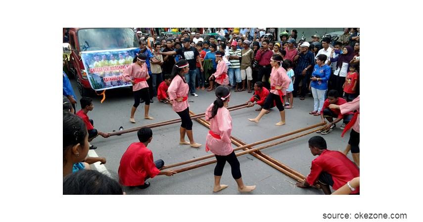 Tari Saureka-reka - 12 Kesenian Tradisional Khas Maluku Ini Wajib Diketahui