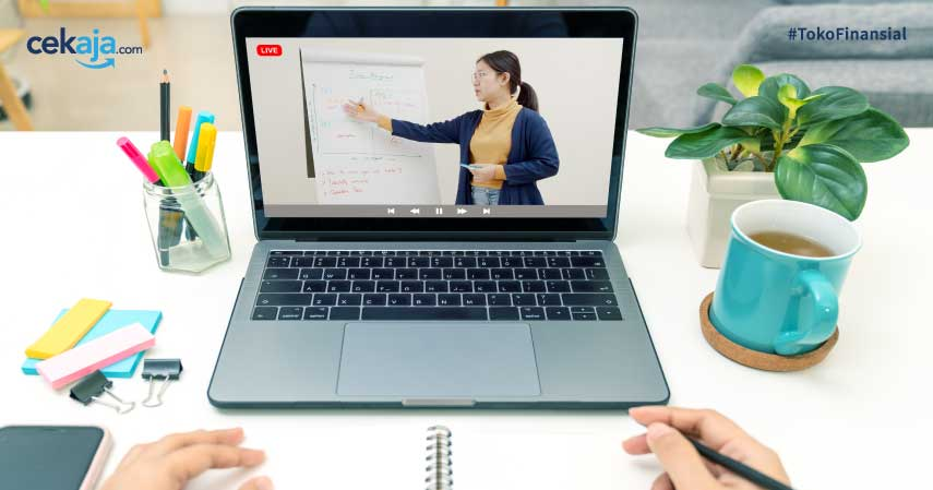 Lebih Baik Bimbel Online atau Offline? Cari Tahu Jawabannya di sini!