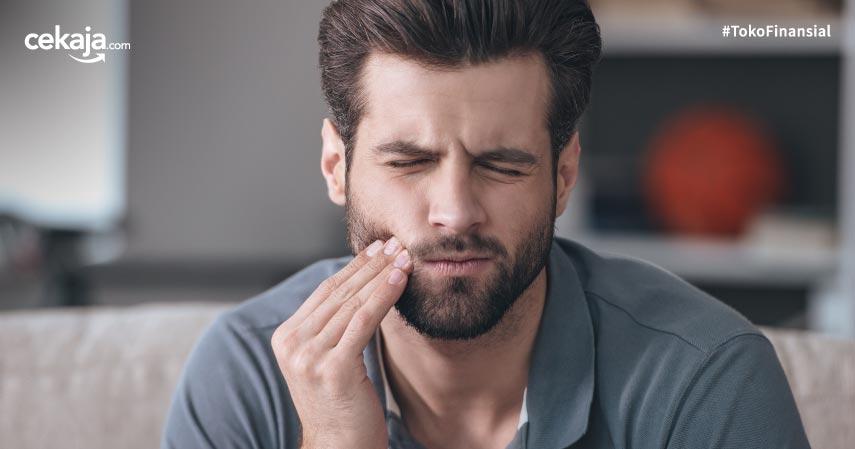14 Cara Mengobati Gusi Bengkak Secara Alami Maupun dengan Obat