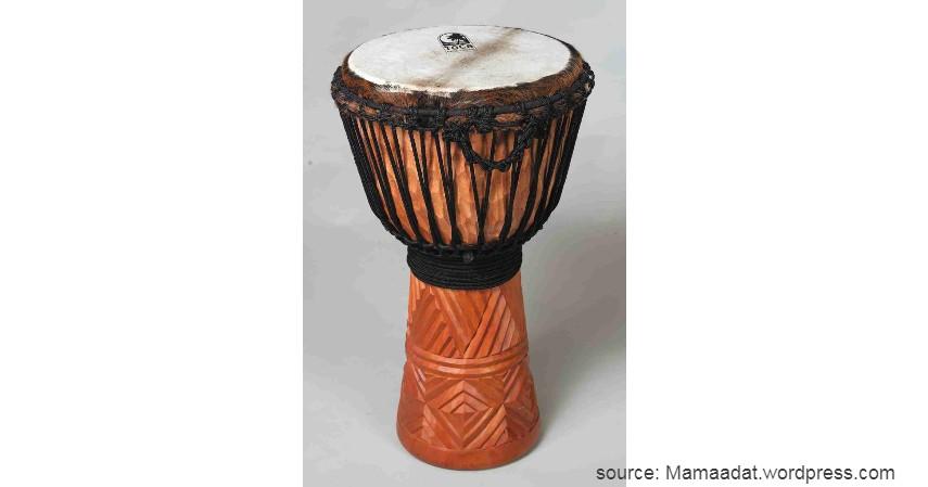 Alat Musik Atowo - Daftar Kesenian Tradisional Papua yang Bikin Takjub Wisatawan