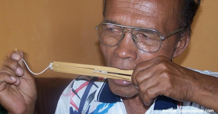 Alat Musik Pikon - Daftar Kesenian Tradisional Papua yang Bikin Takjub Wisatawan