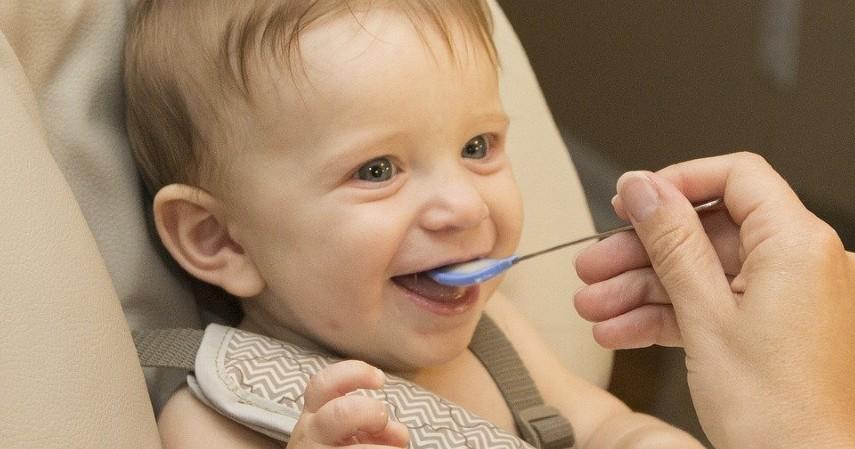 Bahaya MPASI Dini pada Bayi - Bahaya MPASI Dini pada Bayi yang Wajib Diketahui Orangtua