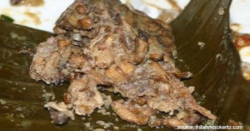 Botok Tawon - 10 Makanan Tradisional Indonesia Ini Jarang Ditemukan