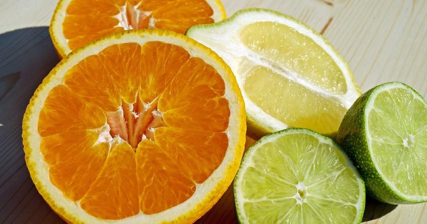 Buah dan Sayuran dengan Kandungan Vitamin C - Cara Mengobati Asam Urat Secara Alami