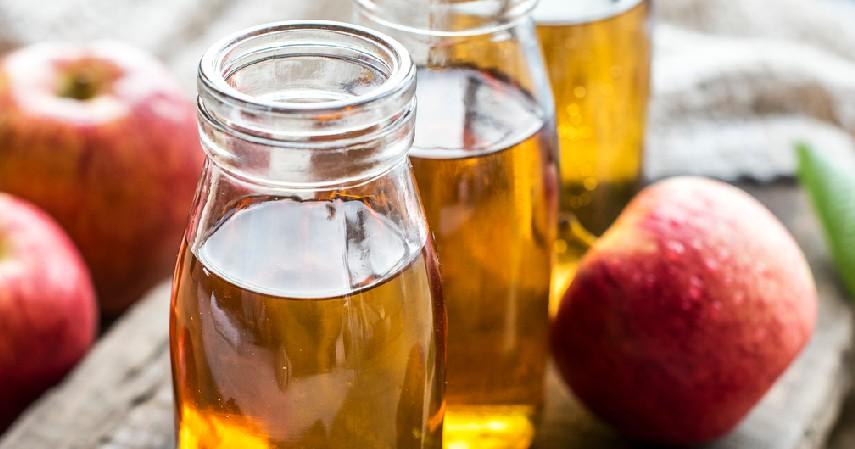 Cuka Apel - 10 Cara Menghilangkan Kutu Rambut dari Mayones hingga Alkohol