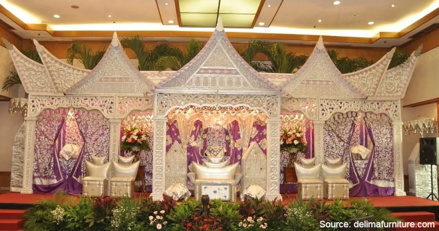 Dekorasi Pernikahan Sederhana dengan Adat - 7 Dekorasi Pernikahan Sederhana dan Murah di Kala Pandemi