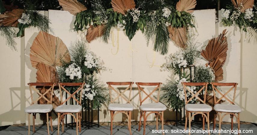 Dekorasi Pernikahan Tema Rustic - 7 Dekorasi Pernikahan Sederhana dan Murah di Kala Pandemi