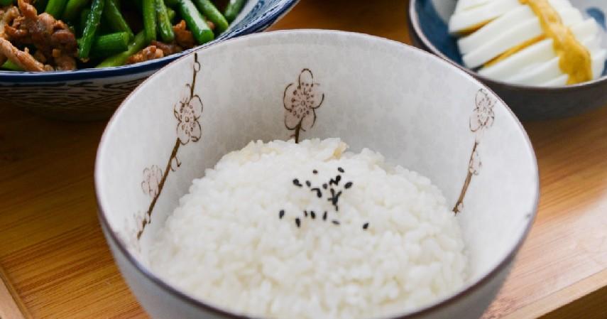 Diet Bakal Efektif Tanpa Nasi - 5 Mitos Tentang Kesehatan dan Fakta Kebenarannya