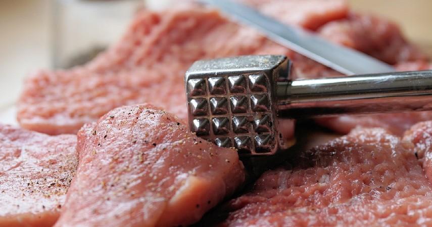 Dipukul hingga Empuk - 10 Cara Memasak Daging Biar Empuk Ini Hemat Gas dan Listrik
