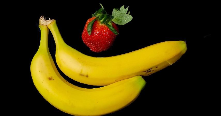 Jus Strawberry dan Pisang - 8 Jus untuk Diet ini Lezat dan Kaya Akan Nutrisi
