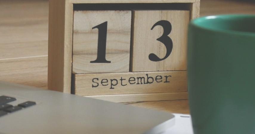 Kalender Kayu - 15 Kerajinan dari Kayu Paling Kreatif Unik dan Estetik