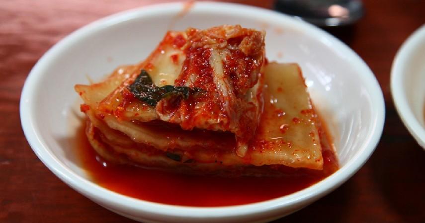 Kimchi - 12 Makanan Pencegah Uban Ini Akan Melindungi Warna Asli Rambutmu