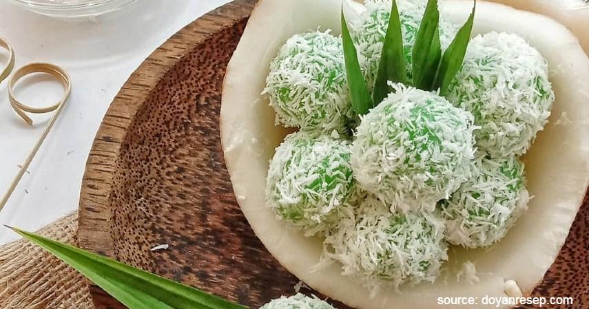 Klepon - 10 Jenis Kue Basah Tradisional Indonesia dengan Rasa Lezat nan Menggiurkan