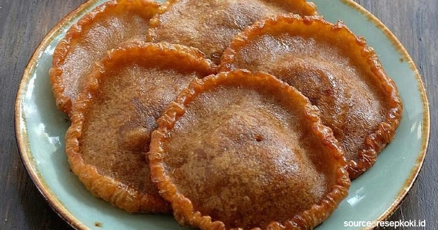 Kue Cucur - 10 Jenis Kue Basah Tradisional Indonesia dengan Rasa Lezat nan Menggiurkan
