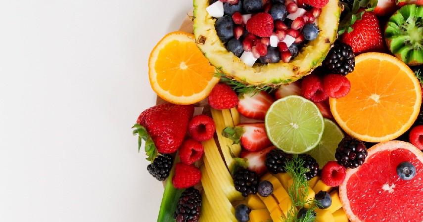 Kurang Mengkonsumsi Buah dan Sayur - 6 Penyebab Karang Gigi Beserta Bahayanya Bagi Kesehatan
