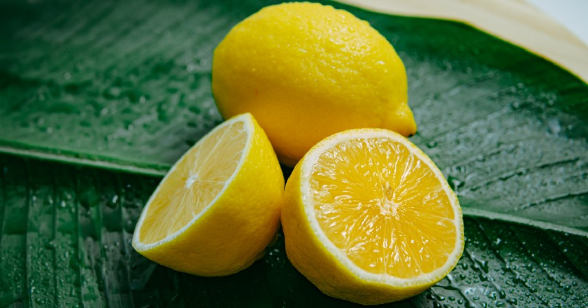 Lemon - 14 Cara Menghilangkan Bekas Luka Ampuh Secara Alami