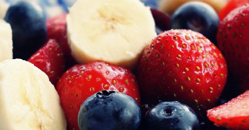 Mengkonsumsi Makanan Bernutrisi Tinggi - 10 Cara Menaikan Berat Badan dengan Cepat dan Efektif