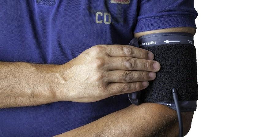Menurunkan Tekanan Darah - 7 Manfaat Daun Seledri Beserta Cara Seru Mengolahnya