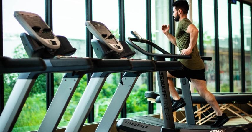 Olahraga - 10 Cara Menaikan Berat Badan dengan Cepat dan Efektif