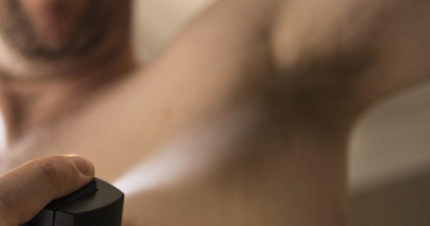 Pilih Deodoran yang Bagus - 12 Cara Menghilangkan Bau Badan Paling Efektif Mudah dan Cepat