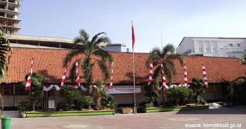 SMP Negeri 3 Surabaya - 6 Daftar SMP Negeri Terbaik di Surabaya Ini Unggul di Semua Bidang