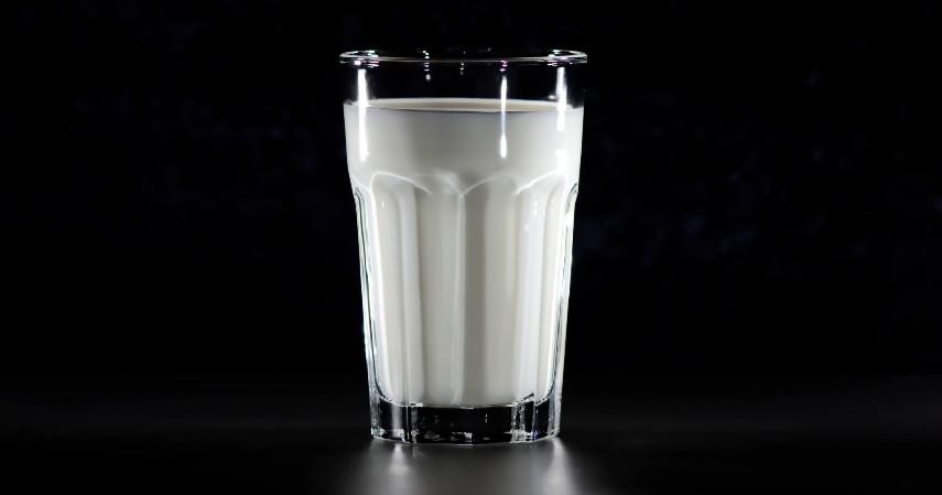 Susu - 10 Cara Menghilangkan Daki Secara Alami Paling Ampuh dan Efektif