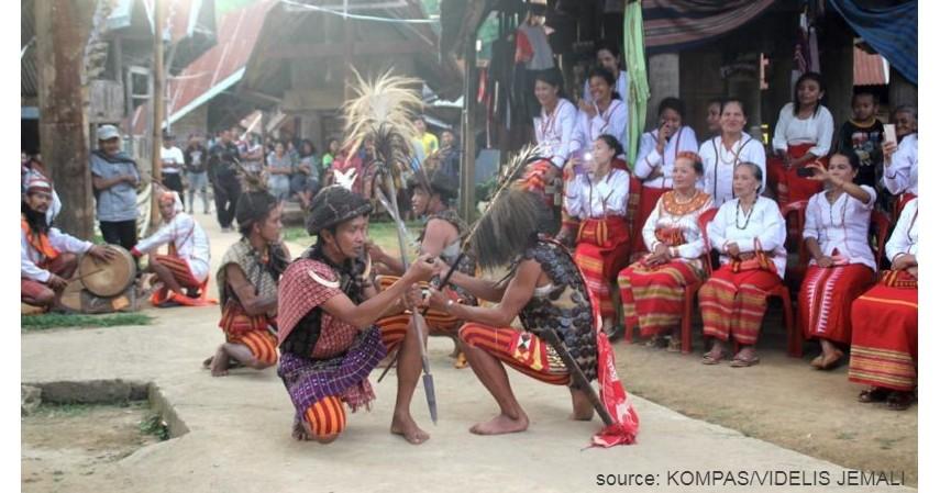 Tari Salabose Daeng Poralle - 11 Kesenian Tradisional Sulawesi Barat