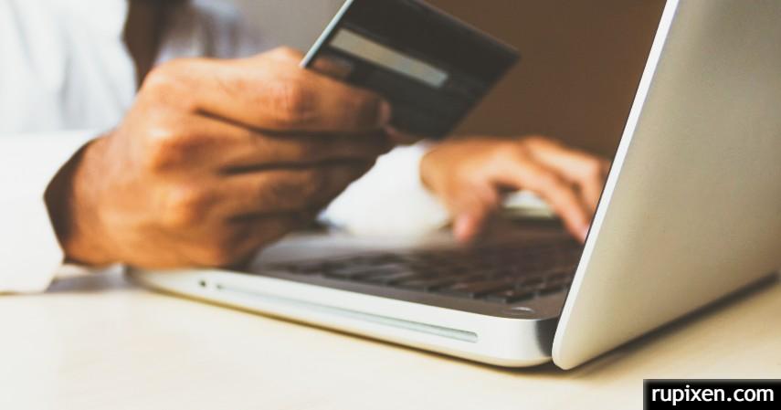 menggunakan promo kartu kredit di Internet