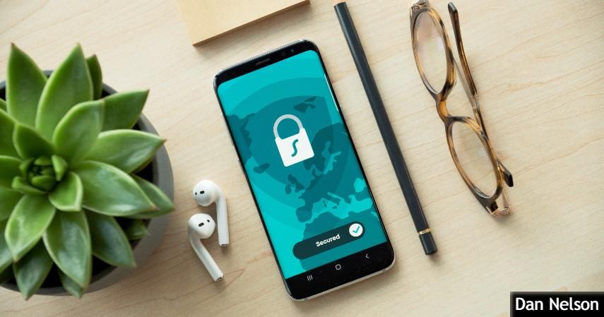 username dan password yang sulit ditebak