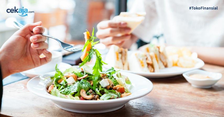9 Tips Aman Saat Makan di Luar Rumah Ketika Pandemi Covid-19