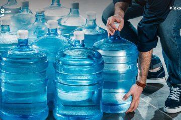 5 Bahaya Air Galon Isi Ulang Beserta Faktor Penyebabnya!