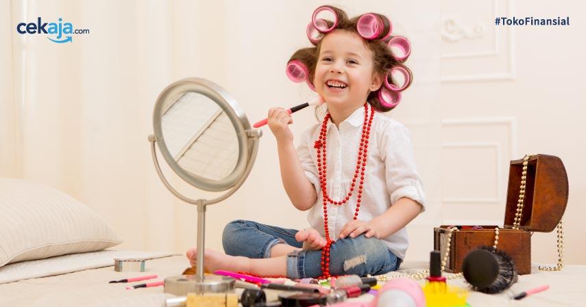 6 Bahaya Makeup Bagi Anak, dari Masalah Fisik hingga Psikis