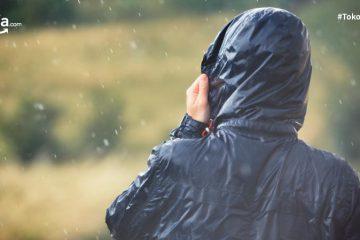 11 Rekomendasi Jaket Waterproof Terbaik, Pelindungmu Ketika Naik Gunung