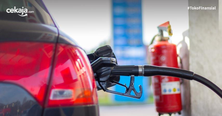 5 Penyebab Mobil Terbakar Saat Isi Bensin, Hindari Jika Ingin Selamat!