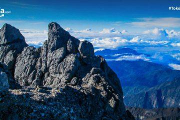 10 Gunung Tertinggi di Indonesia, Pesonanya Bukan Main!