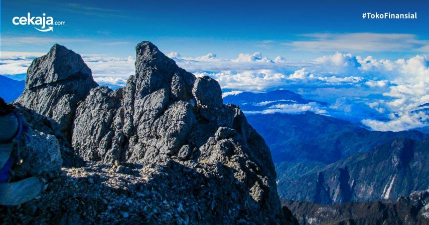 10 Gunung Tertinggi Di Indonesia Pesonanya Bukan Main
