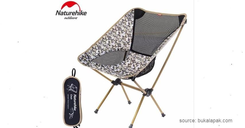 Naturehike Folding Moon Chair - 10 Rekomendasi Kursi Malas Terbaik, Cocok untuk Relaksi di Rumah.jpg