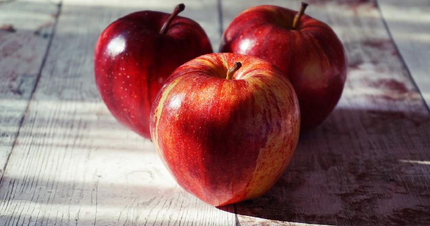 Apel - 10 Sumber Karbohidrat Selain Nasi Putih yang Pas untuk Diet