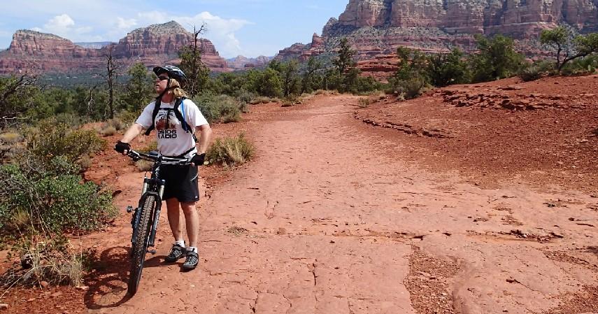 Bersepeda santai - 6 Olahraga yang Aman untuk Penderita Penyakit Jantung dan Tips Melakukannya