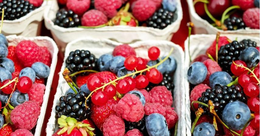 Buah Beri - 15 Makanan untuk Mengatasi Insomnia Dijamin Bikin Tidur Nyenyak